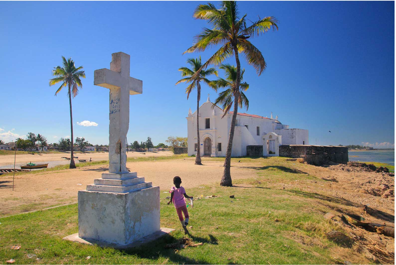 Ilha-De-Mozambique_Church_of_San_Antonio